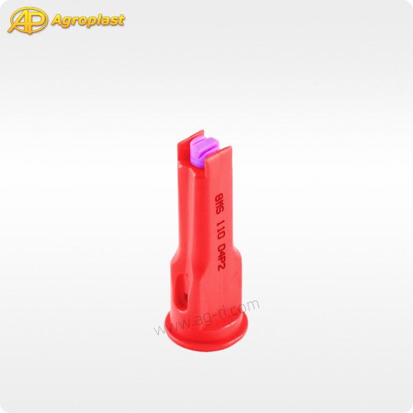 Красный инжекторный распылитель